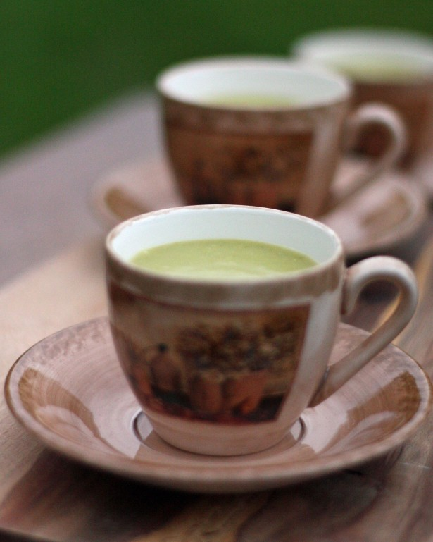 Pea Soup in Country Cup
